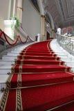 Rood tapijt royalty-vrije stock afbeeldingen