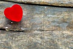 Rood valentijnskaarthart Royalty-vrije Stock Foto's