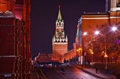 Rood vierkant en de nachtschot van het Kremlin Stock Foto's
