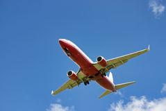 Rood vliegtuig Royalty-vrije Stock Afbeeldingen