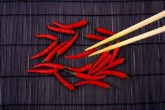 Roodgloeiende Spaanse peper stock afbeelding