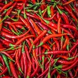Roodgloeiende Spaanse peperpeper voor achtergrond royalty-vrije stock foto
