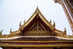 roof det thai tempelet Royaltyfri Foto