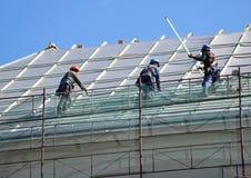 Roofers работают Стоковая Фотография