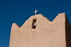 Roofline da igreja da missão Imagens de Stock Royalty Free