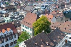 Rooftops av den gammala townen av Basel Royaltyfria Bilder
