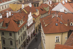 Rooftops av Prague Royaltyfri Bild
