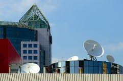 rooftopsatelliter Arkivfoto