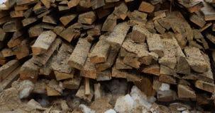 Rook die van een schoorsteen in de winter toenemen royalty-vrije stock foto's