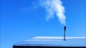 Rook van de schoorsteen stock videobeelden