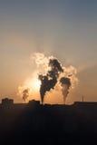 Rook van fabriek Stock Foto's