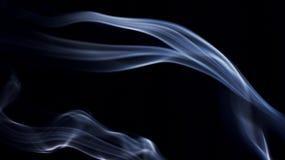 Rookpatronen op Zwarte royalty-vrije stock afbeelding