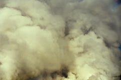 Rookwolken van damp stock afbeeldingen