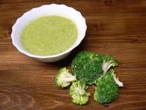 Room van broccolisoep Royalty-vrije Stock Foto's