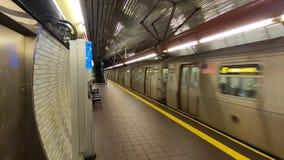 Roosevelt Island New York City gångtunnelstation -1 arkivfilmer