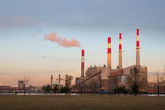 Roosevelt Island power plant at sunset Royalty Free Stock Image