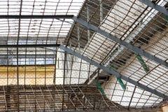 Rooster in de gevangenis royalty-vrije stock afbeeldingen