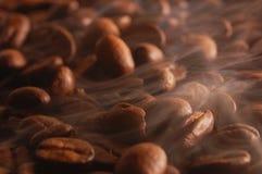Roosterende koffie Stock Afbeelding