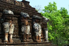 Rop Chang Wat στο ιστορικό πάρκο Kamphaeng Phet, Ταϊλάνδη Στοκ Εικόνα