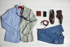 Ropa, calzado y accesorios masculinos Fotos de archivo libres de regalías