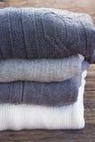 Ropa de lana Imágenes de archivo libres de regalías