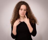 Ropa hermosa de Ginger Teenage Girl In Black Imagen de archivo