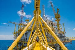 Ropa I Gaz środkowa przerobowa platforma w zatoce Tajlandia produkował gaz naturalnego i ciecza kondensat Obrazy Royalty Free