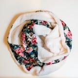 Ropa multicolora de la bufanda Foto de archivo libre de regalías