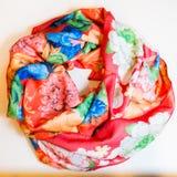 Ropa multicolora de la bufanda Fotografía de archivo