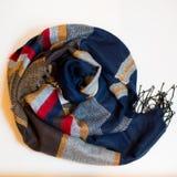 Ropa multicolora de la bufanda Fotos de archivo