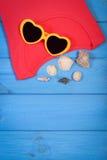 Ropa para la mujer y los accesorios para las vacaciones y el verano, espacio de la copia para el texto Foto de archivo libre de regalías