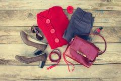 Ropa para mujer y accesorios del otoño Foto de archivo