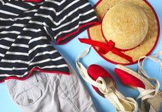 Ropa y accesorios del verano de la mujer de moda Fotos de archivo libres de regalías