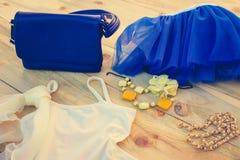 Ropa y accesorios del verano de las mujeres Imagen de archivo