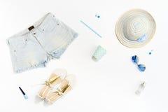 Ropa y accesorios elegantes de las mujeres de la moda del verano Foto de archivo libre de regalías