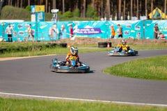 ROPAZI, LETONIA - 24 DE MAYO DE 2018: CAMPEONES de Sports Games ZZ del estudiante Imagenes de archivo