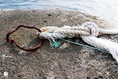 Rope, длина сильного шнура сделанная путем переплетать совместно стренги естественных волокон как пенька Стоковые Изображения RF