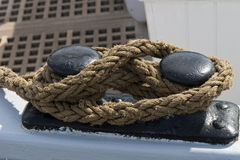Rope on Mooring Bitt Royalty Free Stock Photography