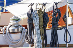 Rope and pulley on a sailboat Royalty Free Stock Photos