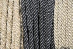 Ropes el cordón en fila como fondo Foto de archivo libre de regalías