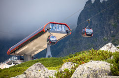 Ropeway στα υψηλά βουνά Tatras, Σλοβακία Στοκ εικόνα με δικαίωμα ελεύθερης χρήσης