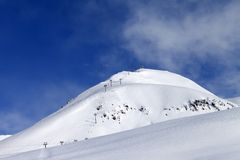 Ropeway στο χιονοδρομικό κέντρο Στοκ εικόνα με δικαίωμα ελεύθερης χρήσης