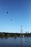 Ropeway в городе Nizhny Novgorod над Рекой Волга на вечере лета Стоковые Изображения RF