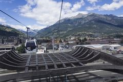 Ropeway em Aosta a Pila Fotografia de Stock