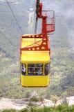 Ropeway op een berg ai-Petri Stock Foto