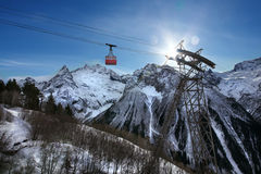 Ropeway in snow mountain Royalty Free Stock Photos