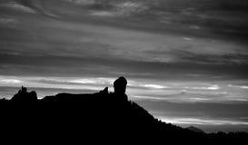 Roque Nublo на наступлении ночи Стоковое Изображение RF