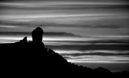 Roque Nublo на наступлении ночи Стоковое фото RF