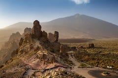 Roques在登上泰德峰山顶,特内里费岛,西班牙前面的de加西亚鸟瞰图  免版税图库摄影