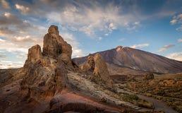 Roques de Garcia και ηφαίστειο Teide Στοκ Εικόνες
